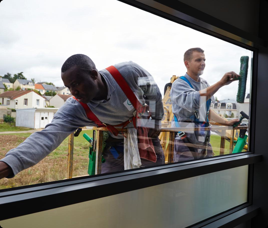 Nettoyage de vitre d'un lycée de Chartres